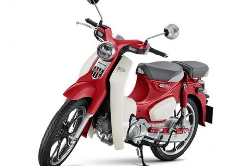 Honda Super Cub 125 cc Sang Legendaris Tampil Modis